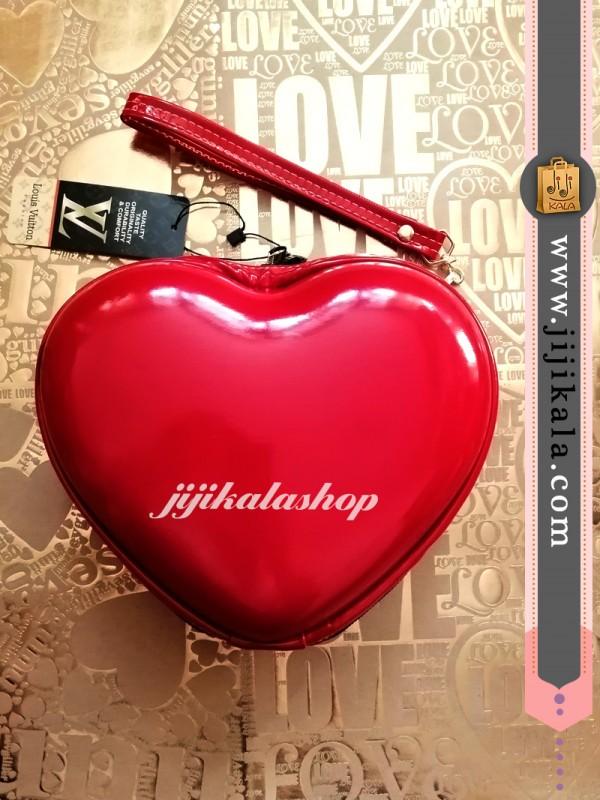 کیف-لوازم-آرایش-قلبی-۱